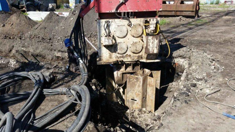 02.08.2017 - Подготовка строительной площадки, начало монтажа шпунтового ограждения