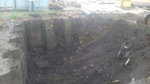 22.09.2017 - Начаты работы по выбору грунта из котлована