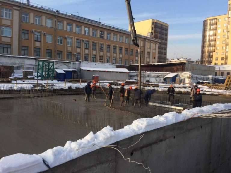 16.02.2018 - Залита плита перекрытия над паркингом 2-й секции