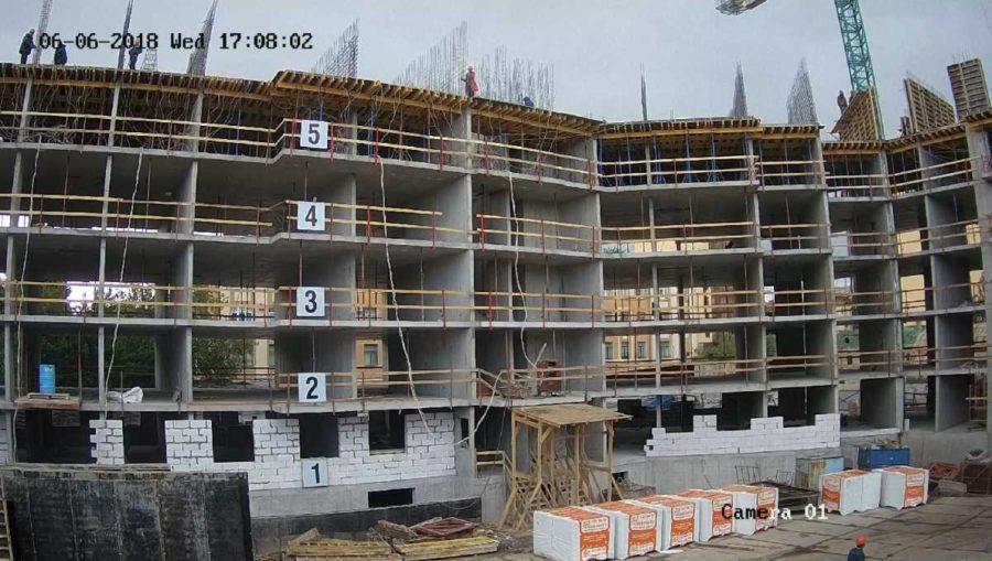06.06.2018 - Залита плита перекрытия над 5-м этажом 2-й секции
