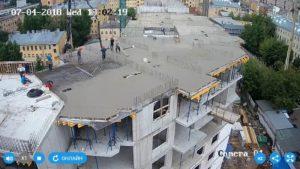 Бетонирование плиты перекрытия над 7-м этажом 2-й секции.