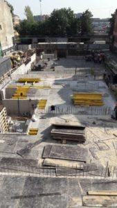 Подготовлена к заливке бетоном плита перекрытия над техническим этажом 4-й секции.