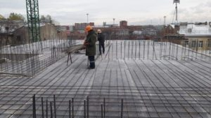 Армирование перекрытий над 4-м этажом 4-й секции и 3-м этажом 5-й секции