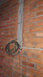 Проложена внутриквартирная электропроводка 1,2,3,4 секций