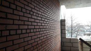 кладка внутренних перегородок и ограждающих конструкций 6-й секции