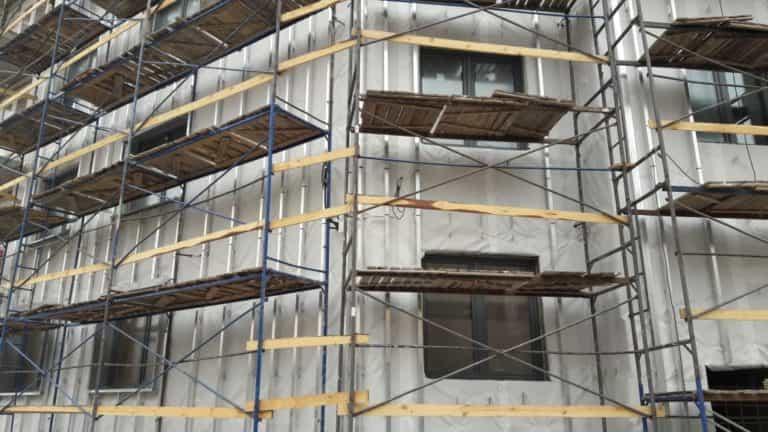 11.04.2019 - Работы по устройству вентилируемого фасада