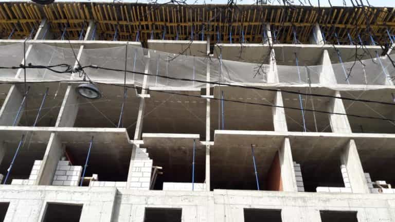 29.03.2019 - Кладка ограждающих конструкций и внутренних перегородок 6-й секции