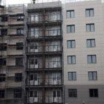 Продолжаются работы по монтажу вентилируемого фасада