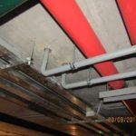 Заканчиваются работы по трубной разводке в подземной автостоянке (подвале)