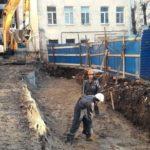 Подготовка основания под забор. ЖК Днепропетровская 37